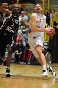 2011 01 14 webmoebel Baskets vs. Cuxhave BasCats