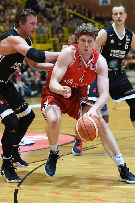 Mit voller Energie und dem Schwung aus den letzten Partien reisen Till Gloger und die Uni Baskets nach Köln. (Foto: Ulrich Petzold)