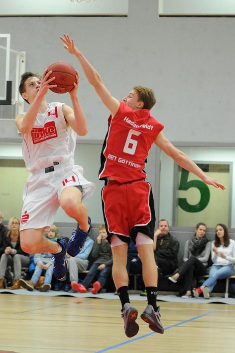 38 Punkte machte Anton Perepeliukov gegen die Telekom Baskets