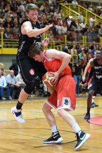 Till Gloger erzielte 15 Punkte, konnte die Niederlage aber nicht verhindern. (Foto: Uli Petzold)