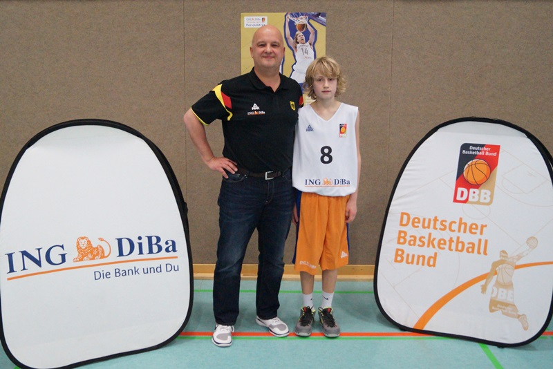 Peter Hemschemeier mit Bundestrainer Kay Blümel