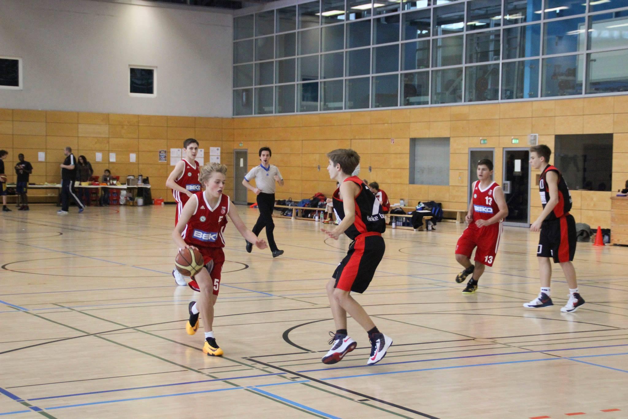 Die U14 im Spiel gegen Bamberg
